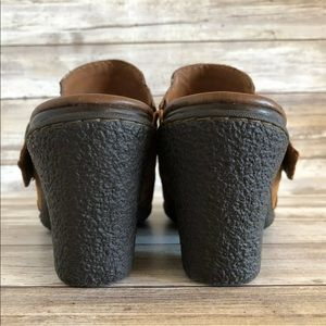 Born Shoes - Born Concept 7M Brown Nubuck Leather Clog